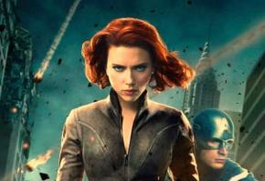 "Scarlet Johansson Says ""Avengers: Age of Ultron"" is ""Dark"""