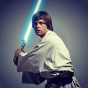 Mark Hamill Gives Star Wars Update