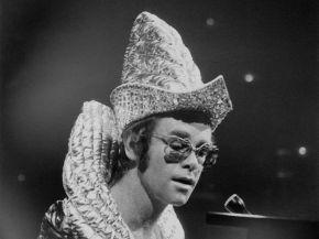 """Tom Hardy Confirmed To Play Elton John In """"Rocketman"""""""