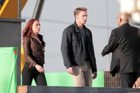 """Black Widow And Cap In Action In """"Captain America: The WinterSoldier"""""""