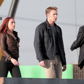 "Black Widow And Cap In Action In ""Captain America: The Winter Soldier"""
