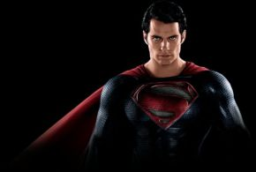 """New """"Man Of Steel"""" Images Of HenryCavill"""