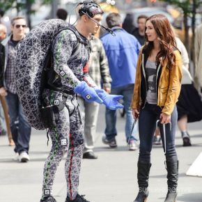 "New Photo Of Raphael And April O'Neil From ""TMNT"""