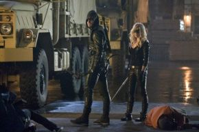 "First Image Of Oliver And Black Canary From ""Arrow"""