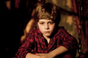 "Ty Simpkins Lands Lead Role In ""Jurassic World"""
