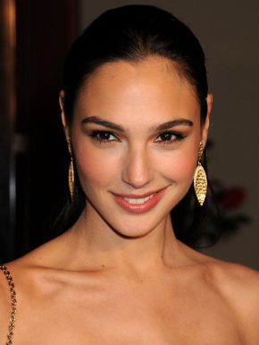 Gal Gadot Has a Three-Picture Wonder Woman Deal