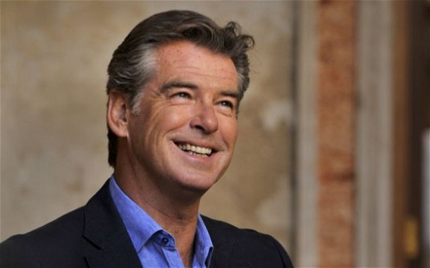 P-Brosnan-Cafe-Ph-by-D-Gregory.jpg